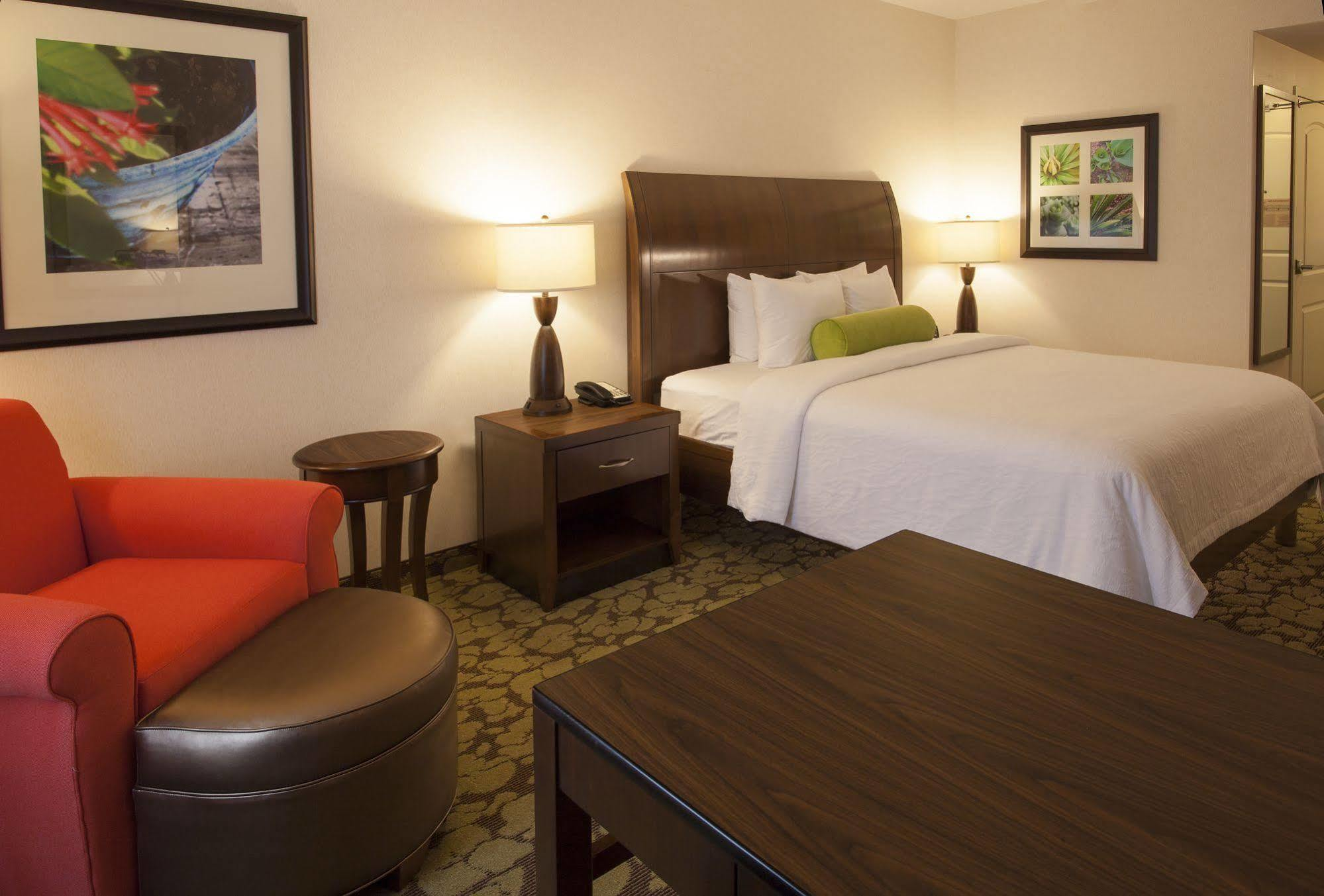 HILTON GARDEN INN VALLEY FORGE/OAKS, PHOENIXVILLE ***